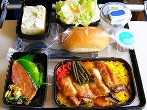 エコノミーの機内食